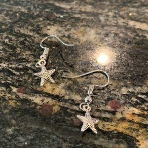 Jewelry - SILVER STAR EARRING⭐︎